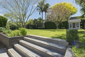 Beautifully presented bungalow with wonderful back garden